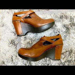 Dansko platform shoes